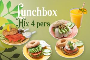 Een gemixte lunchbox voor 4 personenbestellen voor thuis, onderweg of op kantoor